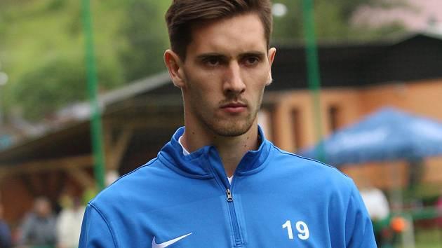 Fotbalový záložník Tomáš Vasiljev