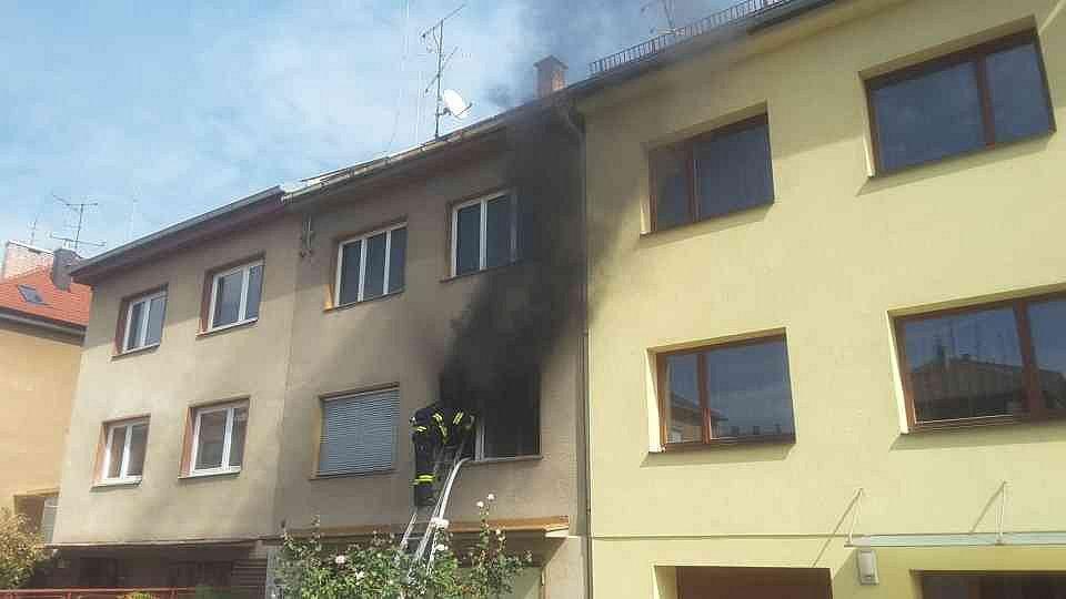 V Řečkovicích hořel byt. Škoda je 900 tisíc korun