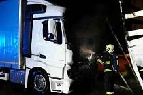Požár kamionů v Branišovicích.