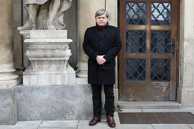Rozhovor na konci týdne s architektem Petrem Hrůšou.
