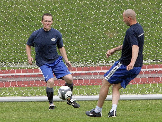 Hokejisté brněnské Komety zahájili letní přípravu fotbalem.