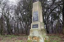 Pomník Palackého na Palackého vrchu.