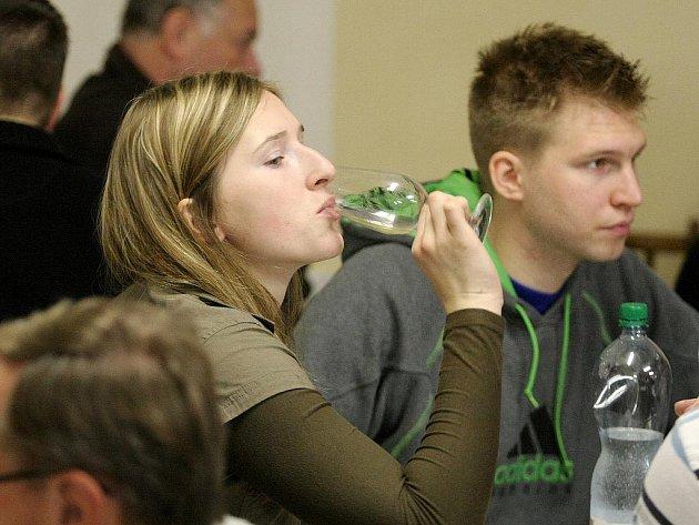 Poslední sváteční den si židlochovičtí vinaři zpříjemnili štěpánským koštem mladého vína.