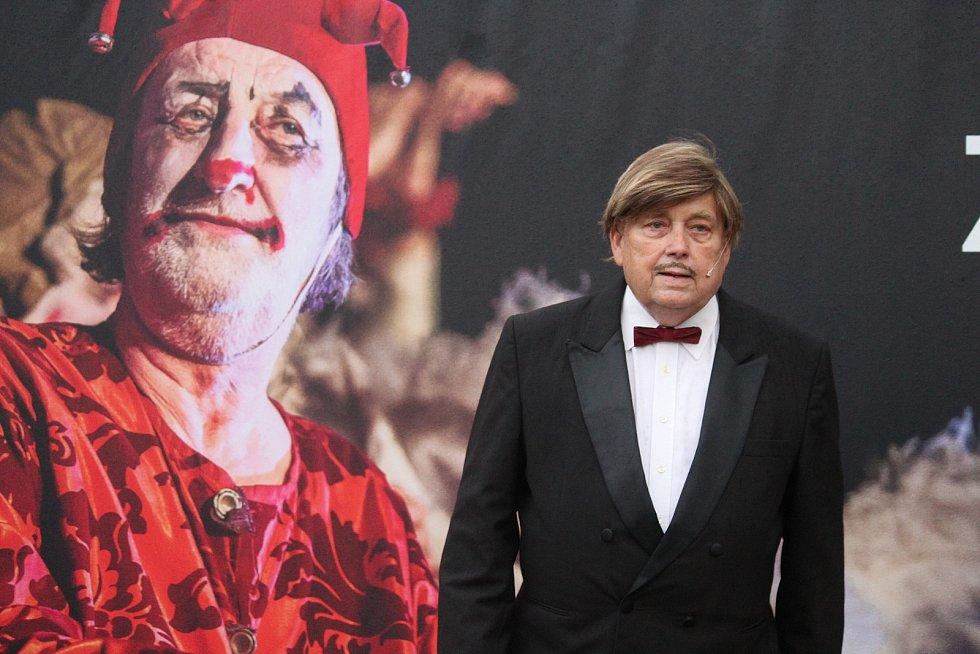 Letní divadelní scéna v Brně.