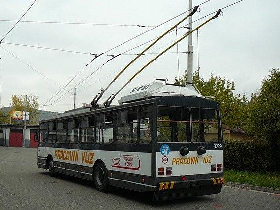 Speciální mazací trolejbus Dopravního podniku města Brna.