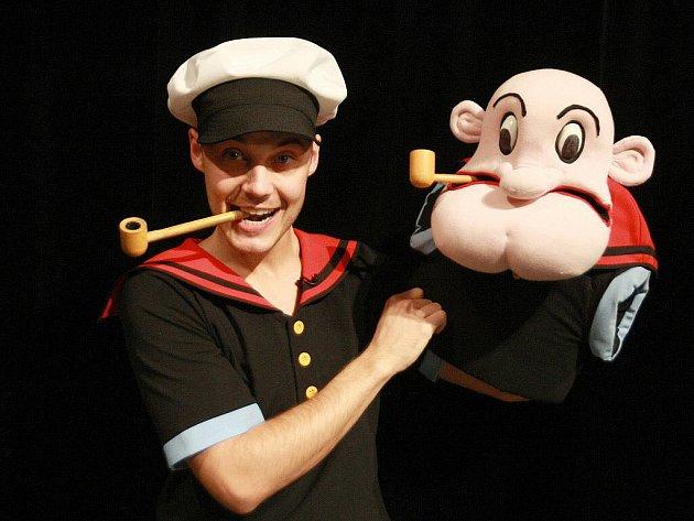 Komedie Pepek námořník aneb Smyšlená historie s téměř pravdivými fakty v brněnském divadle Radost.