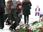 Spolu s jeho rodinou a přáteli se pohřbu v brněnském Krematoriu zúčastnili i jeho někdejší kolegové z hudební branže