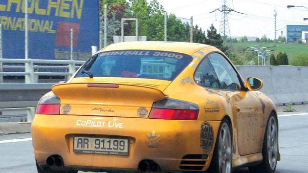 Porsche na našich silnicích.