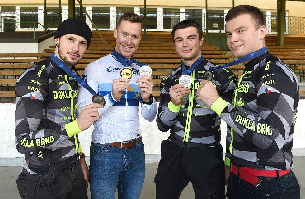 zleva: Dominik Topinka, Tomáš Bábek, Jakub Šťastný a Martin Čechman
