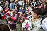 Zahájení školního roku na základní škole v Čejkovické ulici.