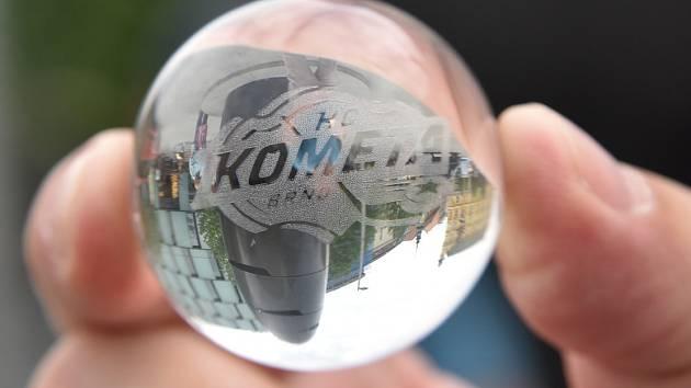 Speciální edice kuliček s logem hokejového klubu Kometa Brno.