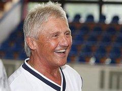 Legendární hokejista Farda.