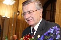 Spisovatel Antonín Přidal.