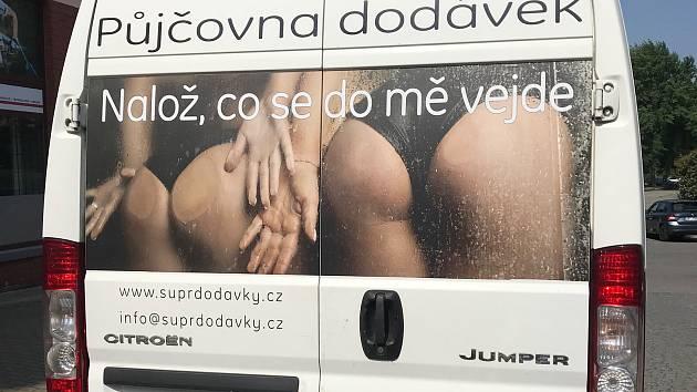 Reklamy nominované v anketě Sexistické prasátečko.