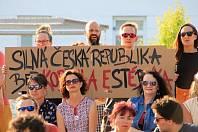 V úterý na několika místech na Blanensku vyrazili lidé znovu do ulic. Apelovali na demisi premiéra Andreje Babiše a odvolání ministryně spravedlnosti Marie Benešové.