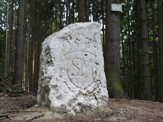Hraniční kameny staré čtyři sta dvacet let