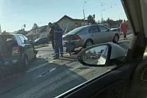 Dopravní nehoda na křižovatce ulic Gajdošova a Táborská