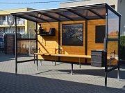 Originální autobusové zastávky, které ozdobí Rajhradice na Brněnsku, vytvořil umělecký kovář Zdeněk Mittner.