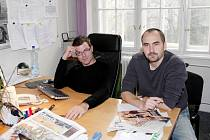 Pavel Macků a  Zbyňek Vičar u on-line rozhovoru