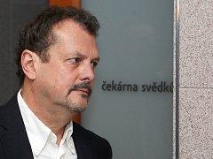Bývalý šéf brněnských strážníků Jaroslav Přikryl u soudu.