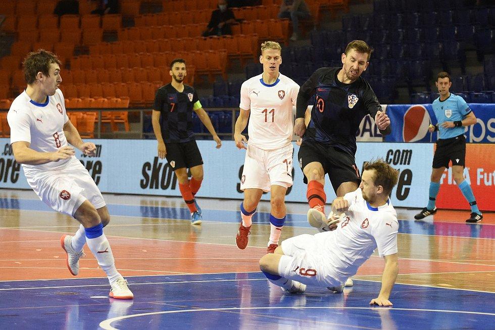 10.11.2020 - kvalifikae na mistrovství světa mezi Českou republikou v bílém (Tomáš Koudelka) a Chorvatskem (Thomir Novak)