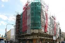Rekonstrukce domu v ulici Bratislavská má hotová v září roku 2012.
