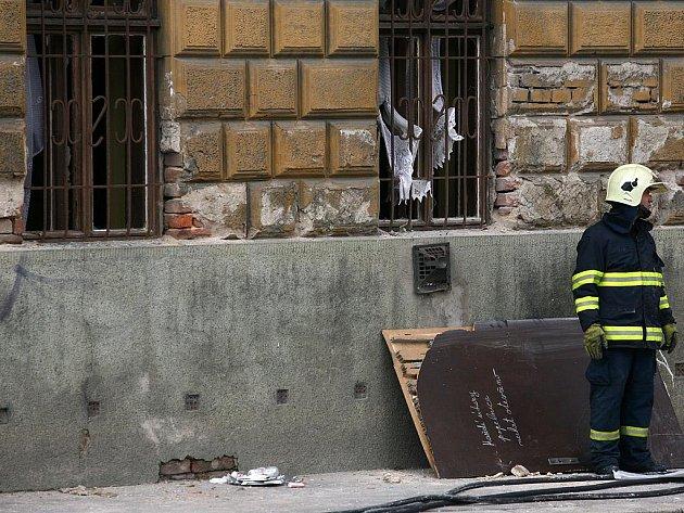 Výbuch propanbutanové láhve v domě ve Vídeňské ulici.