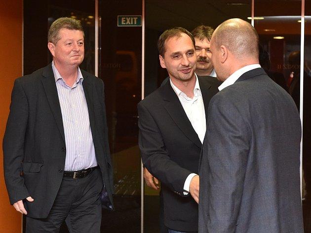 Vyjednávací tým lidovců dorazil do volebního štábu hnutí ANO.