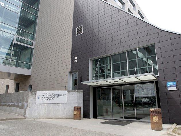 Fakulta elektrotechniky a komunikačních technologií Vysokého učení technického.
