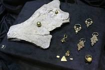 Dietrichsteinský palác na Zelném trhu zaplnily zlaté nuggety, šperky i zlato z Velké Moravy, jejichž hodnota je podle odborníků nevyčíslitelná.