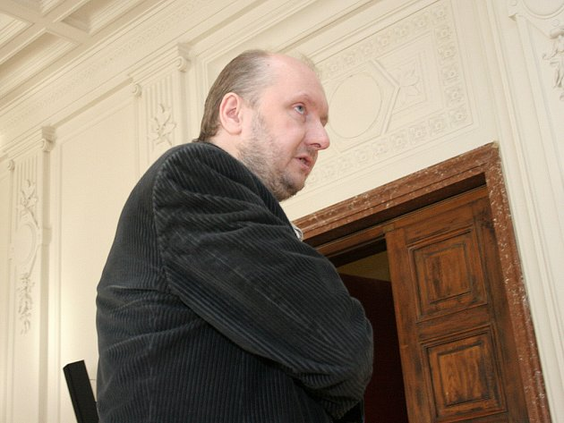 Lékař Jaromír Sudek u brněnského soudu.