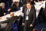 Premiér Petr Nečas přiznal krizi ve straně.