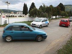 Klid lidí z Kuřimi už čtyři měsíce omezují opravy Tyršovy a Tišnovské ulice, které slouží jako hlavní průtah městem směrem na Brno.