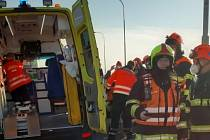 U Královopolského tunelu v Brně se stala ve čtvrtek ráno hromadná nehoda.