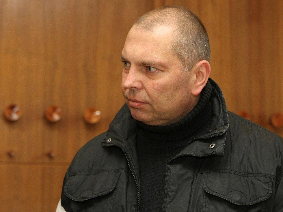 Miloš Almásy u soudu v Brně.