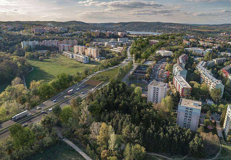 Letecký pohled na Bystrc od jihu na vizualizaci firmy knesl kynčl architekti a Projektová kancelář Ossendorf.