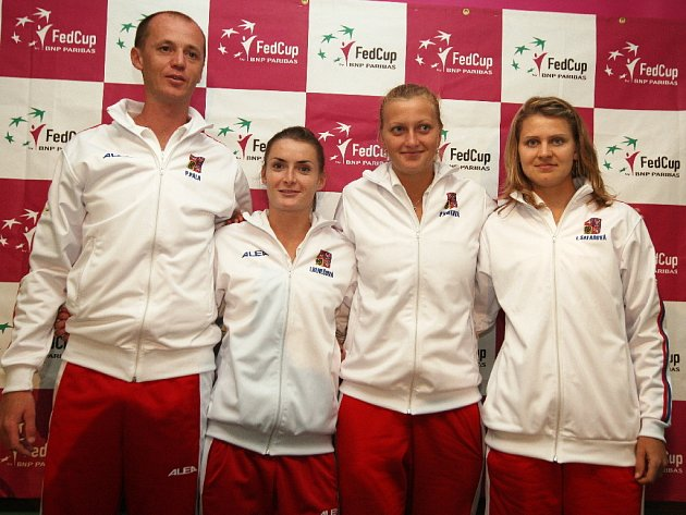 Fed Cup: Kapitán Petr Pala, a tenistky Iveta Benešová, Petra Kvitová a Lucie Šafářová.