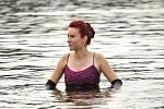 Ryby v Brněnské přehradě měly nečekané společníky. Vedle nich plavali britští elegánové. Přes rakoveckou zátoku se chtěli dostat, pro někoho možná trochu překvapivě, na pražskou burzu.