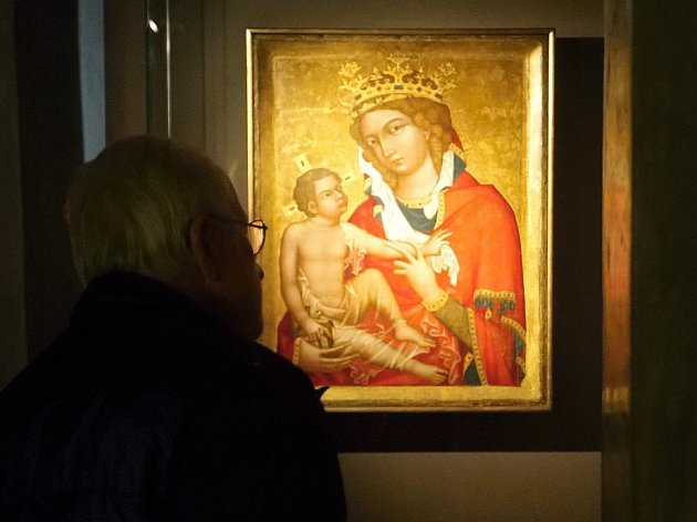 Slavný obraz Madona z Veveří, který získala farnost z Veverské Bítýšky jako součást církevních restitucí, muzeum na Petrově poprvé ukázalo veřejnosti. Obdivovat jej se vydaly stovky lidí z Brna i okolí.