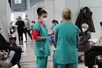 Premiér Andrej Babiš a ministr zdravotnictví Jan Blatný ve středu navštívili očkovací centrum na brněnském výstavišti.