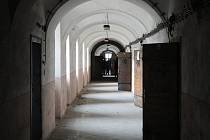 Téměř dvě stovky let v ní pobývali vězni. Nově však má sloužit architektům a spisovatelům. Brněnští zastupitelé totiž plánují přeměnit bývalou káznici na Kreativní centrum.
