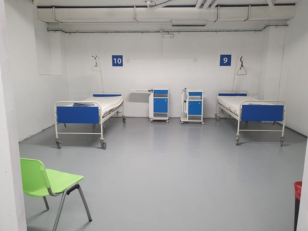 """NsP Česká Lípa oznámila v neděli 29. 3., že disponuje """"polní nemocnicí"""" pro nakažené koronavirem."""