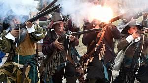 Obléhání Brna švédským vojskem: markytánky bránily divákům v připletení do bitvy