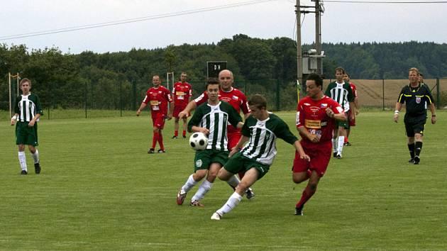 TJ Vavřinec oslavil sedmdesát let od svého založení zápasem starých pánů místního klubu s Rakovcem Kotvrdovice.