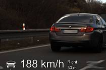 Někteří řidiči si v těchto dnech pletou vyprázdněné silnice se závodní dráhou. Tomuto řidiči policisté v Brně naměřili v úseku na osmdesátce rychlost 188 km/h.