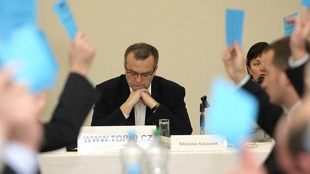 V Těšanech na brněnsku se uskutečnil ustavující sněm JMK TOP 09, kterého se zúčastnili Karel Schwarzenberg a Miroslav Kalousek.