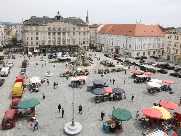Bezplatné parkování v centru Brna? Na Zelném trhu.