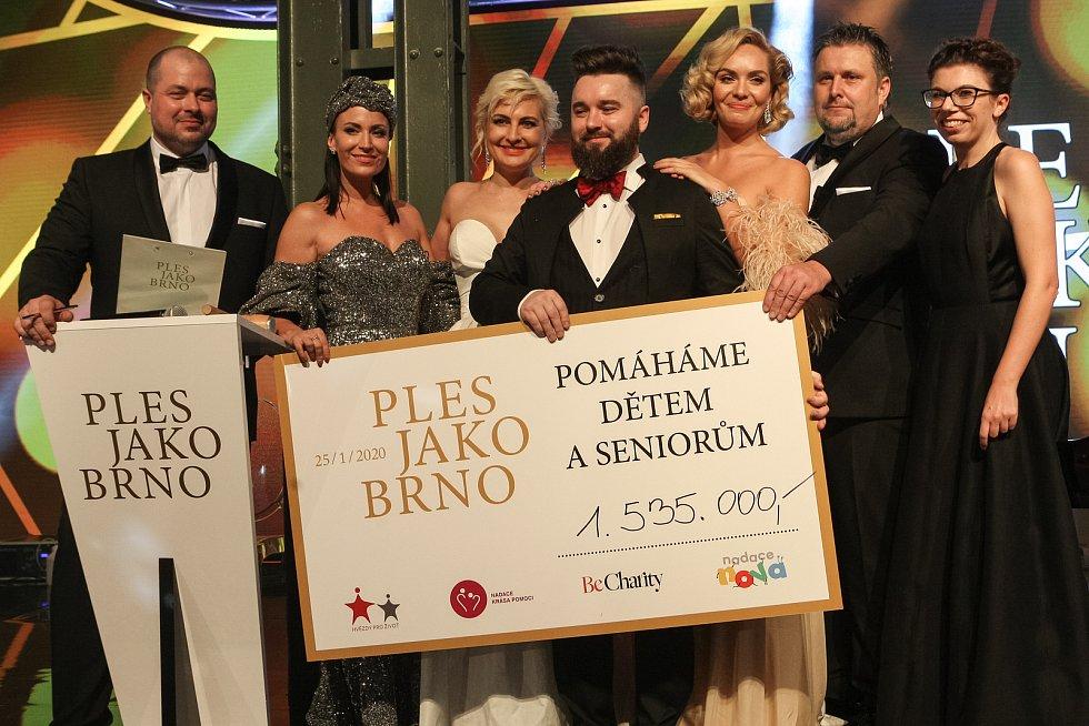 Na devátém ročníku Plesu jako Brno vystoupil Vašo Patejdl nebo Jiří Korn. Lidé ochutnali ústřice a šneky.