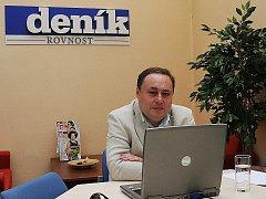 Lídr kandidátky Zemanovců Marian Keremidský odpovídá online.