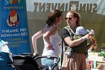 Festival těhotenství a rodiny u nákupního centra Olympia.